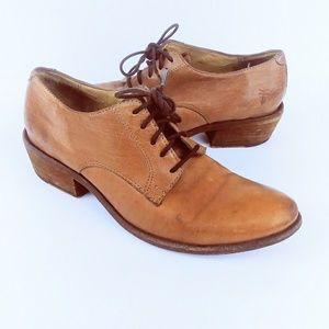 Frye Vtg Carson Cognac Oxford Low Heel Shoes